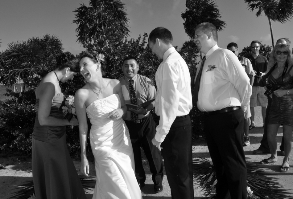 Having a giggle - Belize Wedding Photography