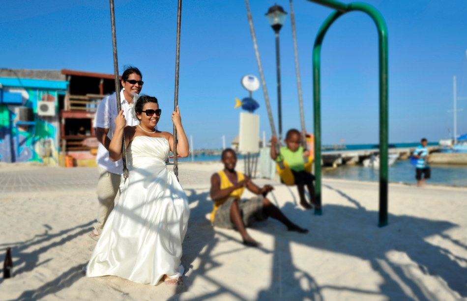 Trash the Dress - Swinging in San Pedro