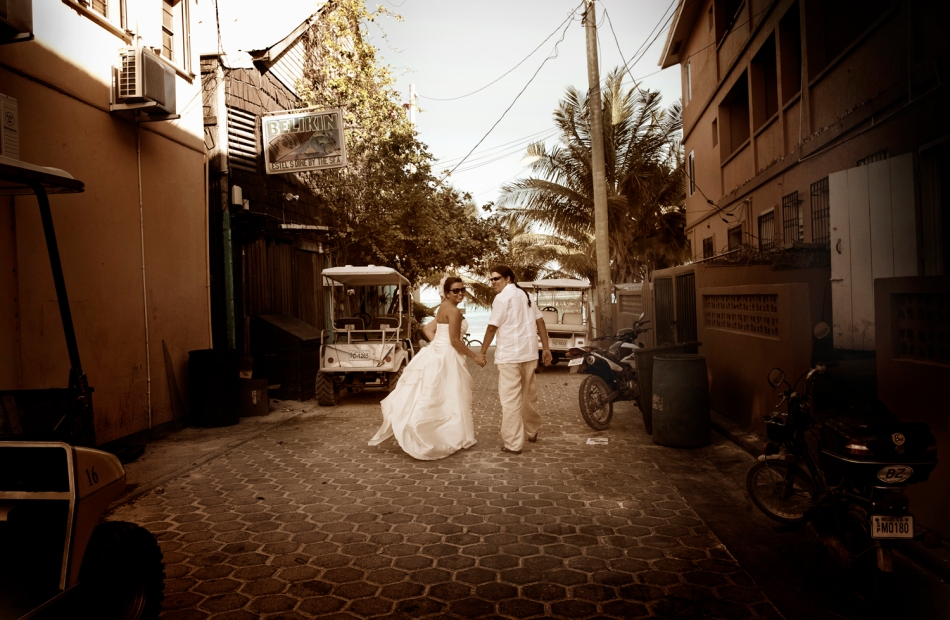 Trash the Dress - Belize