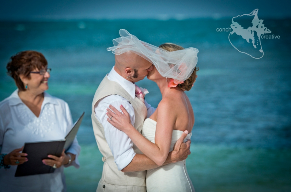 Beach Wedding Photographer Belize