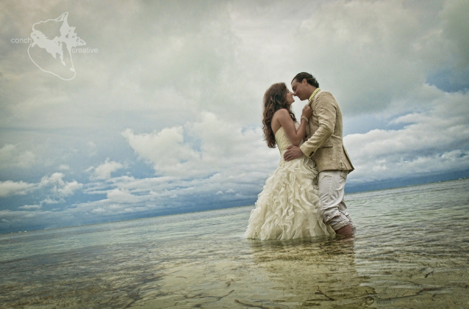 Belize Wedding - Trash the Dress Wedding Photographer
