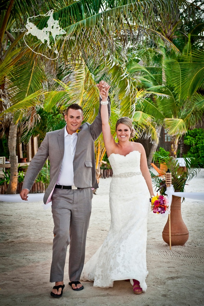 Destination Wedding Belize - Wedding Photographer Belize