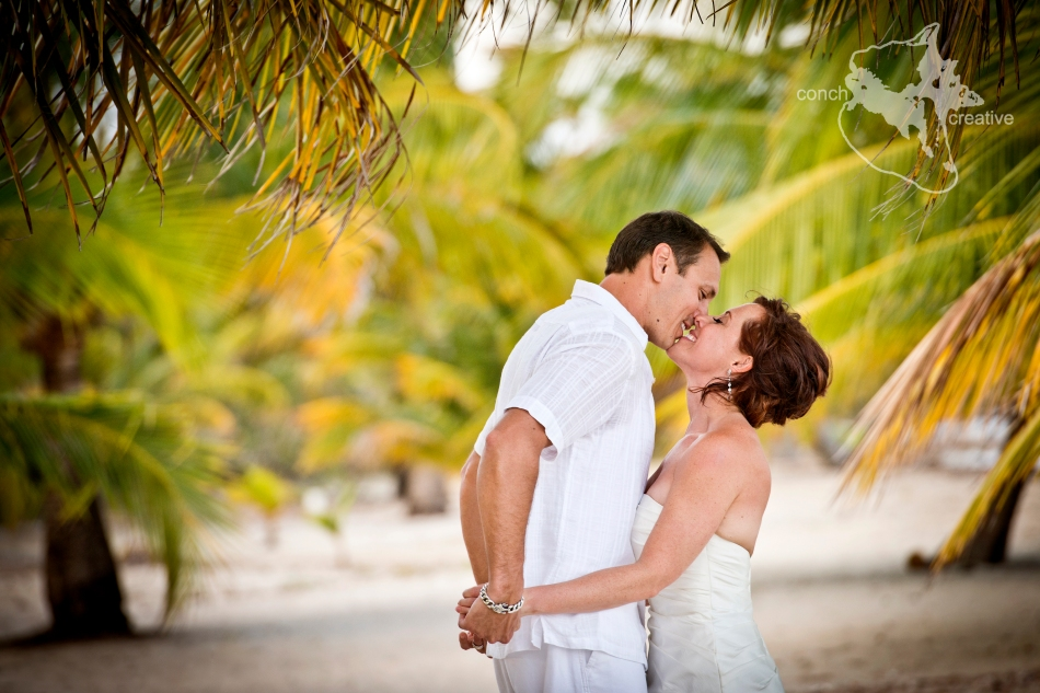 Wedding Photographer in Belize - Beach Wedding Placencia