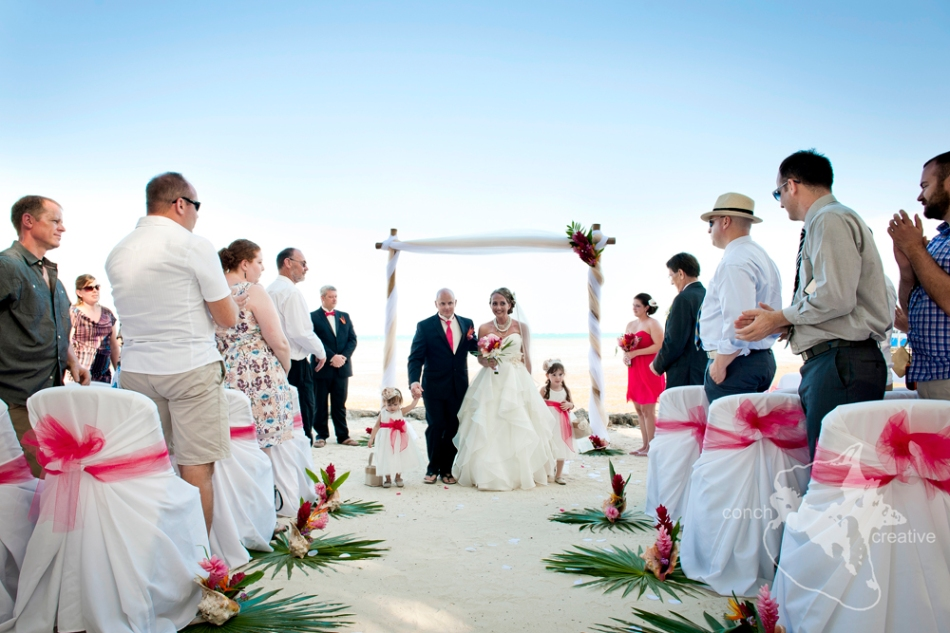 Wedding Photographer Belize - Xanadu Island Resort