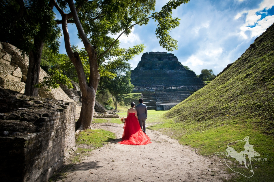Belize-Wedding-at-Xunantunich