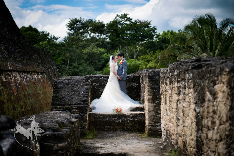 Maya-Ruins-Wedding-Photographer-in-Belize