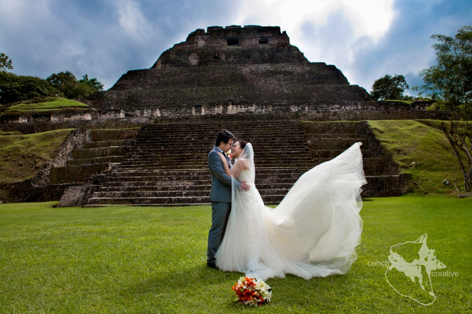 Mayan-Ruins-Wedding-Photographer-Belize