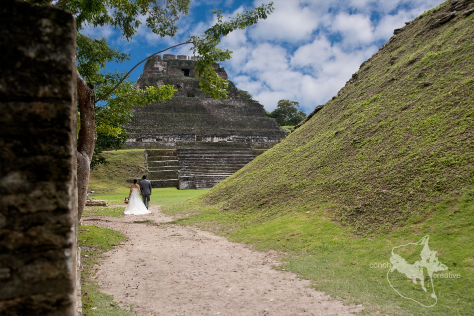 Wedding-Xunxntunich-Belize-Maya-Ruins-Photographer