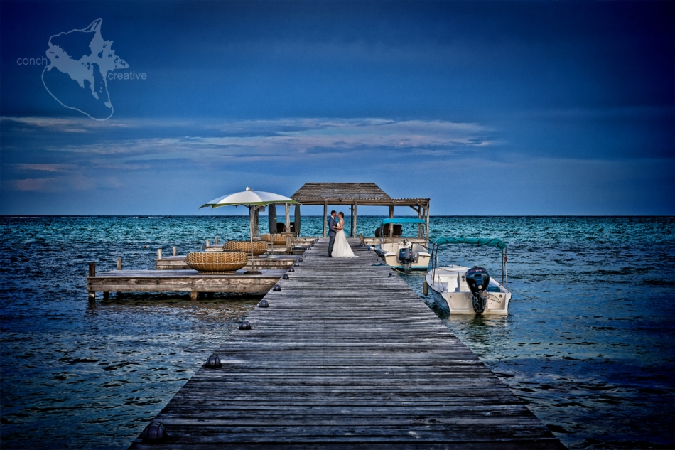 wedding-photographer-belize-conch-creative