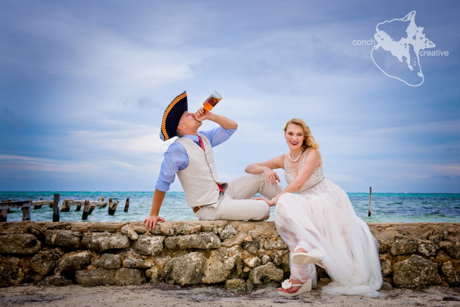 trash-the-dress-in-belize-photographer