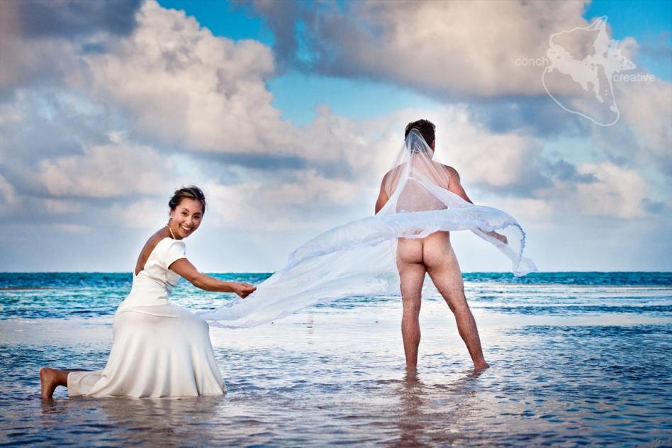 trash-the-dress-wedding-photographer-belize-2